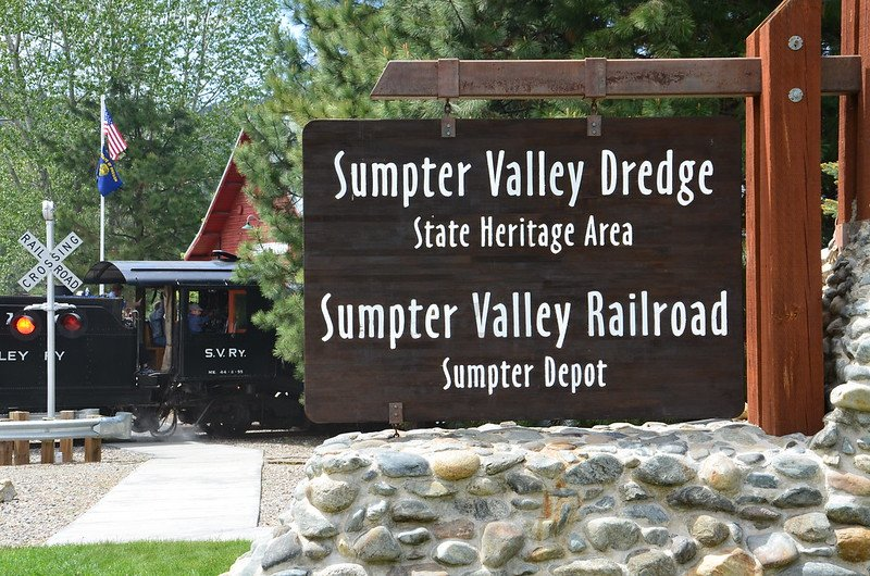 Sumpter Valley Dredge and Sumpter Valley Railroad sign